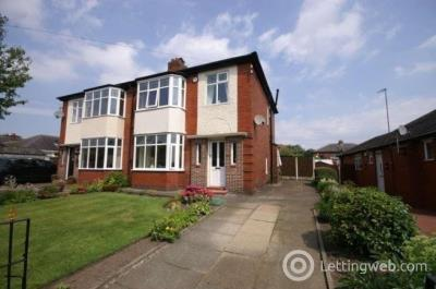 Property to rent in Bishops Road, Bolton