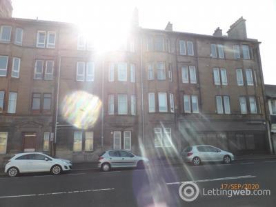 Property to rent in Top floor flat, Broomlands Street, Paisley