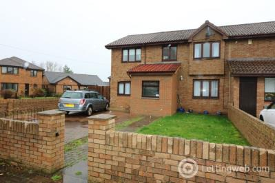 Property to rent in Dave Barrie Avenue, Larkhall, ML9 1DW