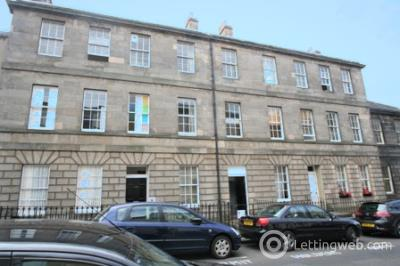 Property to rent in Grove Street, West End, Edinburgh, EH3 8BB
