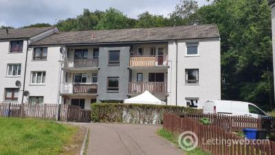 Property to rent in Fulton Crescent, Kilbarchan, Renfrewshire, PA10 2ED