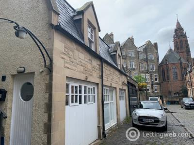 Property to rent in Douglas Gardens Mews, West End, Edinburgh, EH4 3BZ