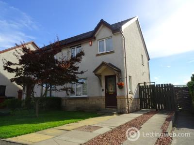 Property to rent in The Murrays Brae