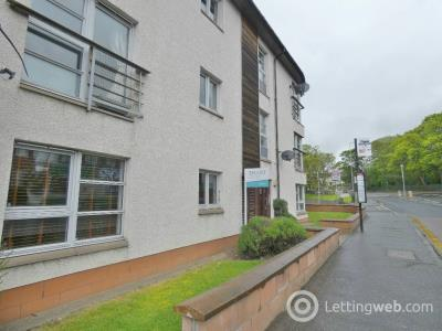 Property to rent in Willowbrae Road, Meadowbank, Edinburgh, EH8 7HL