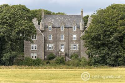 Property to rent in Flat 13 Braal Castle, Halkirk, Caithness.