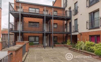 Property to rent in Salamander Court, Leith, Edinburgh, EH6 7JN