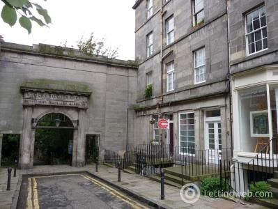 Property to rent in St. Stephen Place, Edinburgh