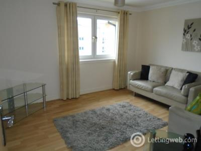 Property to rent in Newlands Court