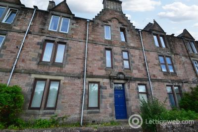 Property to rent in 3a Carlton Terrace, Inverness, IV2 3QZ