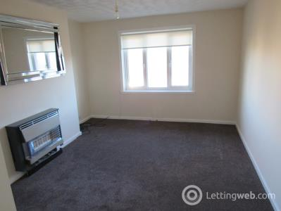 Property to rent in 42F Fenwickland Avenue