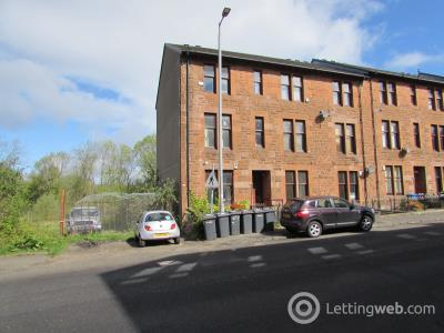 Property to rent in Main Road Top Floor Flat