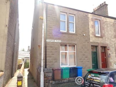 Property to rent in Stanmore Place, Leven