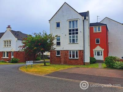 Property to rent in Harbour Place, Dalgety Bay, Dunfermline