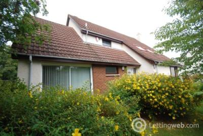 Property to rent in 4 Gilchrist Row, St Andrews, Fife