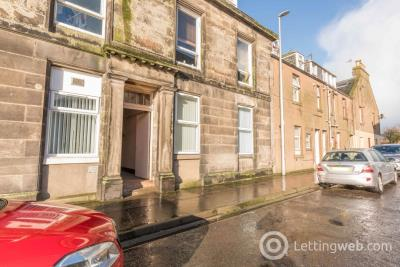 Property to rent in Caledonia Street, Montrose