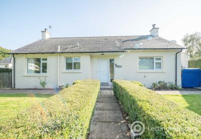 Property to rent in 17 Rossie Woods