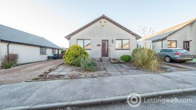 Property to rent in 32 Invergarry Park