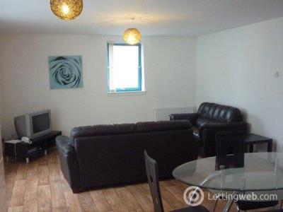 Property to rent in 42West Victoria Dock Road