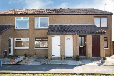 Property to rent in 8 Cassie Close, Cove