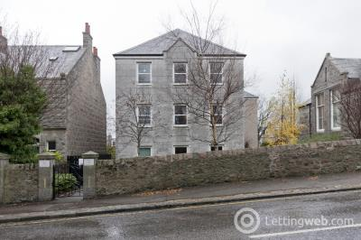 Property to rent in 45 King's Gate, Aberdeen, AB15 4EL