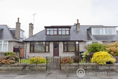 Property to rent in Rosebery Street, Aberdeen, AB15