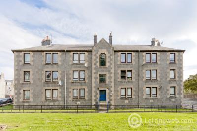 Property to rent in 10 Roslin Street, Aberdeen