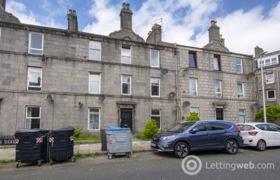 Property to rent in 17 Roslin Street, Aberdeen