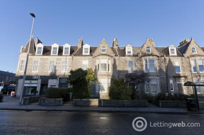 Property to rent in 318 Great Western Road