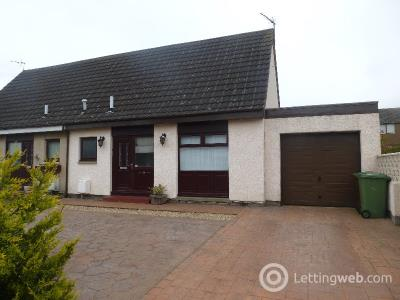 Property to rent in Warrender Crescent, Dunbar, East Lothian, EH42 1LU