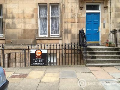 Property to rent in Leslie Place, Stockbridge, Edinburgh, EH4 1NG