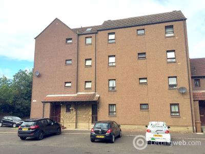 Property to rent in 2/3 Electra Place, Edinburgh, EH15 1UF
