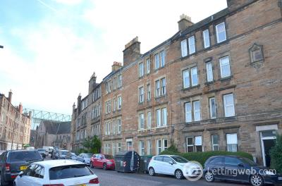 Property to rent in Albion Road
