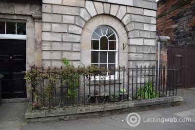 Property to rent in Seafield Place