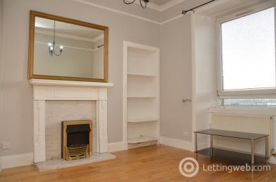 Property to rent in Portobello High Street