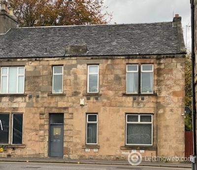 Property to rent in St. Crispins Place Falkirk