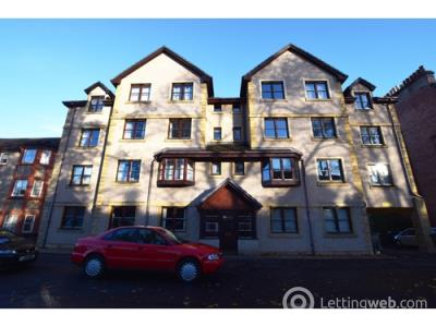 Property to rent in Raeburn Court, Perth, PH2