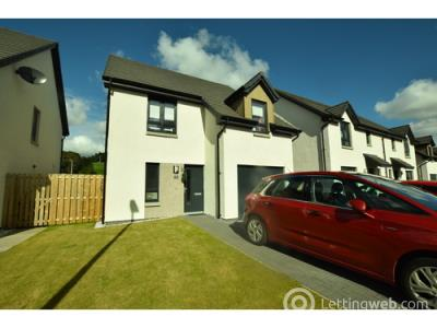 Property to rent in Lornty Place, Blairgowrie, PH10