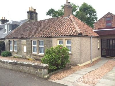 Property to rent in Main Street, Strathkinness