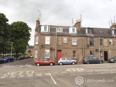 Property to rent in Park Road, Brechin