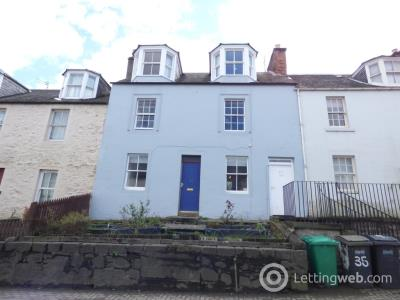 Property to rent in High Street, Newburgh
