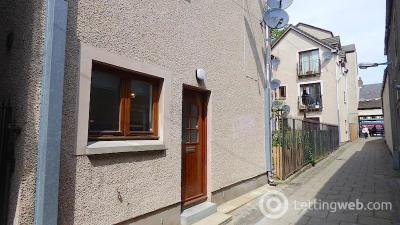 Property to rent in Vennel Mews