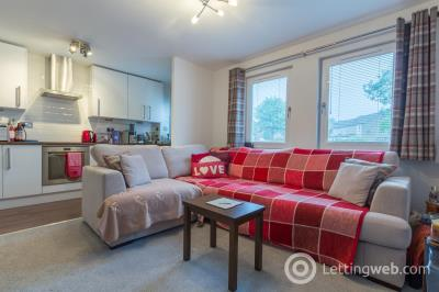 Property to rent in Langdykes Drive