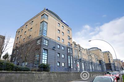 Property to rent in Riverside Drive, Aberdeen, AB11 7DF