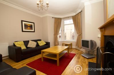 Property to rent in Victoria Road, Aberdeen, AB11 9NN