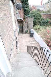 Property to rent in High Street Lochee