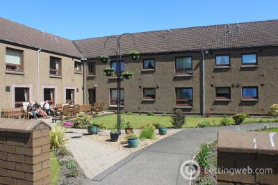 Property to rent in Devlin Court, Stirling