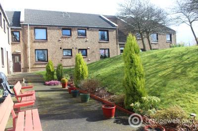 Property to rent in Glentanar Court