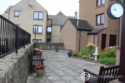 Property to rent in Swan Court