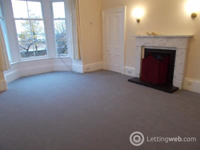 Property to rent in Castle Terrace, Broughty Ferry, Dundee, DD5 2EG