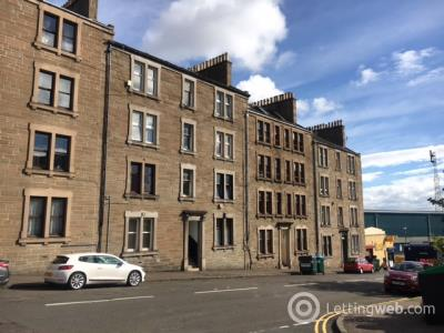 Property to rent in Provost Road, Dundee, DD3 8AF